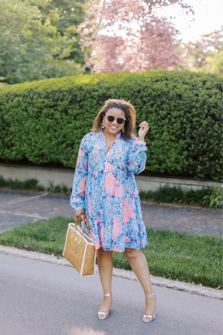 This dress is hands down one of my faves!  I'm a huge fan of this popover silhouette because it's SO effortless!  I took my normal size 16, so fit is TTS. And, be sure to look at my stories for two more dresses that I'm currently loving and that I hope to post IRL pictures of soon 🤞🏾💓💓 http://liketk.it/3hahM #liketkit @liketoknow.it You can instantly shop all of my looks by following me on the LIKEtoKNOW.it shopping app