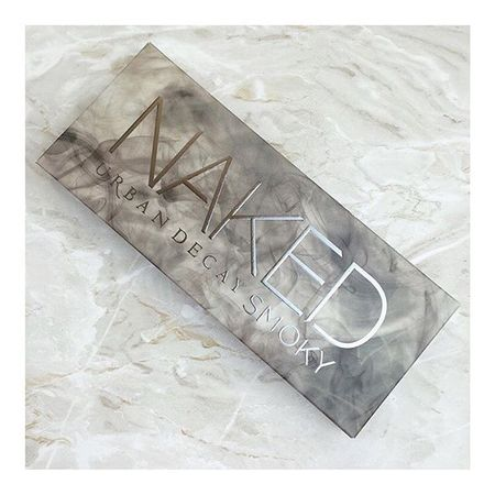 Just bagged the new Urban Decay smoky palette with £10 off off AND free delivery. This is not a drill, here's the link so you don't miss out www.liketk.it/1Ea0D or http://rstyle.me/cz-n/7rrqi6eyw and use the code '10mse30' ✨ #urbandecay #cosmetics #makeup #eyemakeup #beauty #bbloggers #nakedsmoky