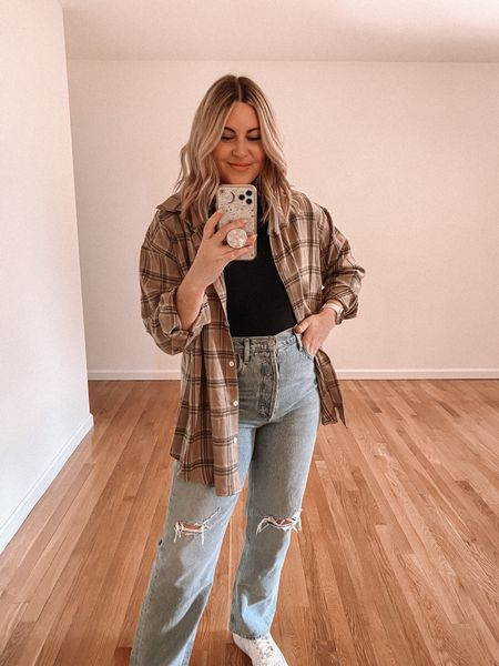 Fall flannel. Wearing US6 (M).   Fall outfit, casual fall outfit, flannel outfit
