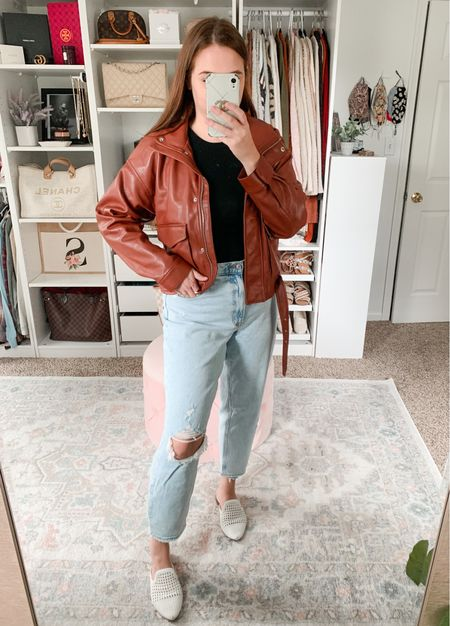 Fall outfit Mom jeans Leather jacket Abercrombie style  #abercrombie #abercrombiestyle #momjeans #leatherjacket #falloutfit #fallfashion #falloutfits #motojacket #casualoutfit  #LTKunder100 #LTKSale #LTKunder50
