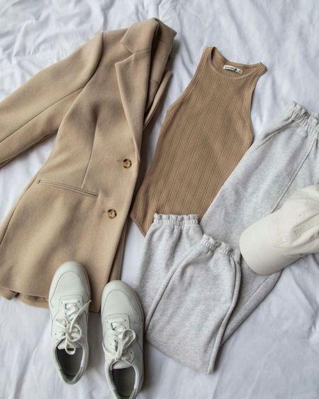 Spring cozy outfit inspiration! http://liketk.it/39Xhu #liketkit @liketoknow.it #LTKSeasonal #LTKstyletip #LTKunder50