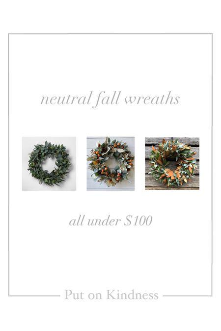 Neutral fall outdoor wreath. Fall home decor.