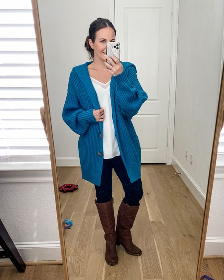 Fall outfits / thanksgiving outfit / long blue cardigan with pockets / white cami top / black skinny jeans / brown boots / layered outfit   #LTKunder100 #LTKSeasonal #LTKunder50