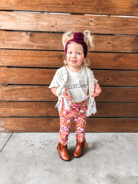 Our little wildflower fashionista 💗🌼🧡 Serious question: what did I use my phone for before I became a mom? Asking for my storage 🥴 I'm over here deleting all my apps so I can take more photos...