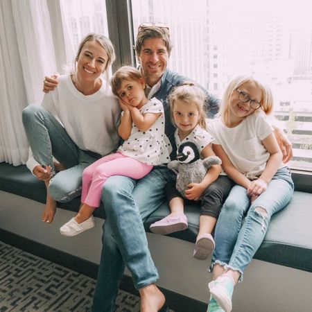 Happy Father's Day to this guy 😍 he puts up with a lot of hair on the bathroom floors, kills every spider that scares us, changes all the light bulbs, and doesn't roll his eyes (too much) when I request to set up the tripod to take a family photo on the window bench at @doubletreemagmile because the lighting is 👌🏻  We love you, Dave!!   http://liketk.it/2CAX2 #liketkit @liketoknow.it #ad #chicagohiltons