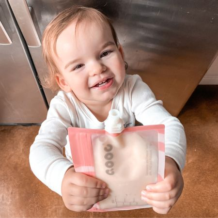 """Olivia looooves a good """"pouchie"""" 🤣 And I love how easy these Qooc reusable pouches are. I put all kinds of stuff in here! Currently, Olivia has been loving the So Delicious coconut milk yogurt. 🥰 She runs to the fridge and says """"yogurt pouch yogurt pouch!"""" 💕 The closure is double enforced so they don't leak and they're machine washable. These have got to be one of my favorite mom-hack items. 👏🏼 Linked these and the Qooc baby food makers on my @liketoknow.it    Download the LIKEtoKNOW.it shopping app to shop this pic via screenshot #liketkit http://liketk.it/315Zf #LTKgiftspo #StayHomeWithLTK #LTKbaby"""