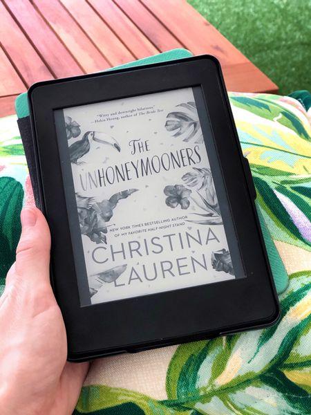 Summer reading/Beach read book recommendation: The Unhoneymooners   #LTKunder50 #LTKSeasonal #LTKtravel