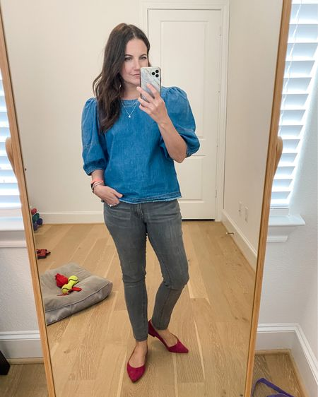 Fall outfit / workwear / casual outfits / puff sleeve chambray top / gray jeans / pink flats / silver layered necklace   #LTKunder50 #LTKstyletip #LTKunder100