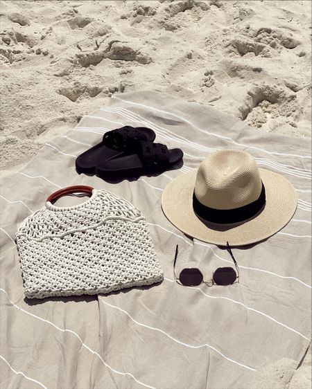 Beach essentials http://liketk.it/3eMcy #liketkit @liketoknow.it