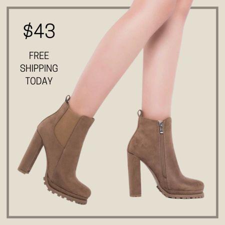 Chunky heeled chelsea boots  #LTKunder50 #LTKstyletip #LTKshoecrush