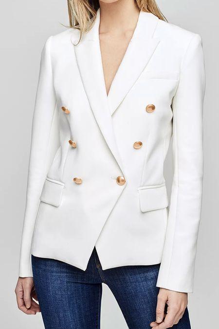 White blazer.     #LTKworkwear