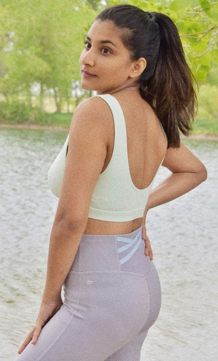 There's 70% off discount is available on Fabletics currently. shop your favorite spring fits. I am wearing mine in size small #activewear #fabletics #workoutwear  #LTKfit #LTKstyletip #LTKunder100
