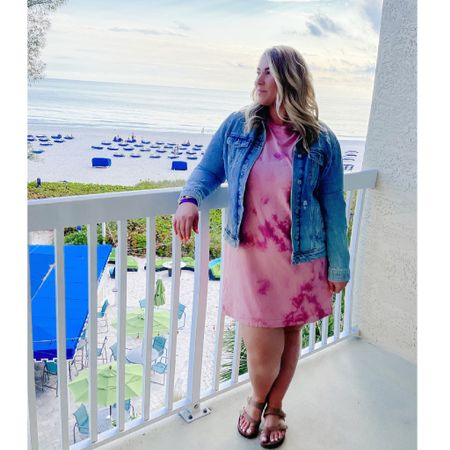 This week's views 🏝 Found this tie dye dress at Old Navy recently and had to have for vacay. Perfect length and fits a little loose - wearing an XL for reference. Paired it with my fave denim jacket (also an XL) - linked it + a few similar ones since it's almost sold out. @liketoknow.it #liketkit #LTKcurves #LTKunder50 #LTKtravel #tiedye #midsizestyle #midsizeblogger #denimjacket #oldnavy #oldnavystyle #curvystyle #vacationstyle #ootd http://liketk.it/3dqc1