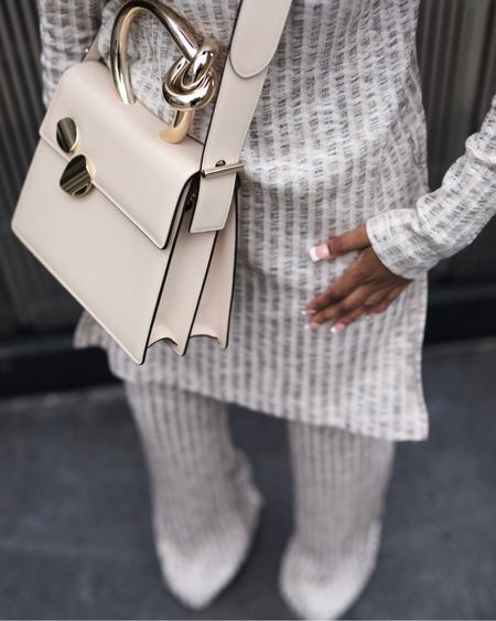 My favorite bag is on sale just in time for the holidays! If you're in a shopping mood, click the link in my bio! Happy Shopping! Xo  http://liketk.it/347X5 #liketkit @liketoknow.it