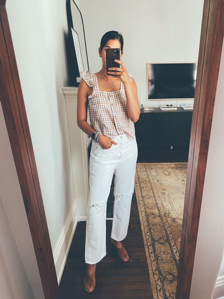 New white jeans & tank I loved! Jeans run roomy so need to size down and tank is TTS. @liketoknow.it http://liketk.it/3hgpX #liketkit #LTKstyletip