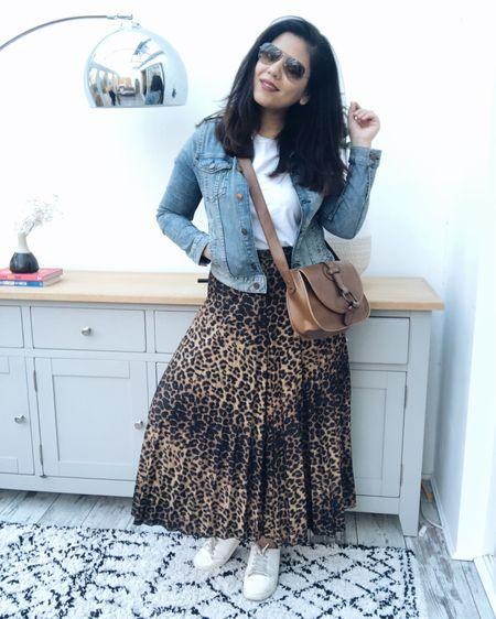 5 Ways to style an animal print skirt video is up on my IGTV. Shop the skirt on  @liketoknow.it http://liketk.it/2zAWL #liketkit