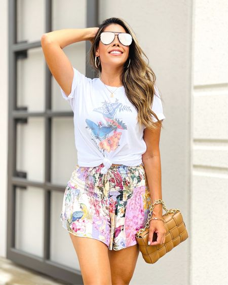 """Wearing size medium in @sassyqueenboutique tee, use code """"mommystylefile"""" to save at checkout! Skort from Zara. Use code Marissa15 to save on sandals. http://liketk.it/3g3h9 #liketkit @liketoknow.it"""
