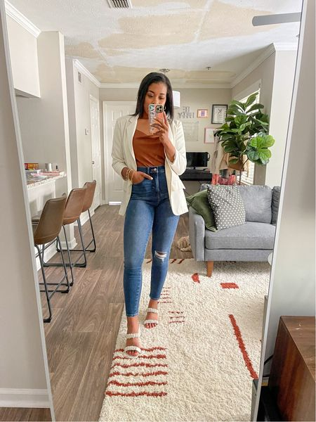 Spent the entire weekend laying low and relaxing but now to prep for another work week. 😬 // These jeans are my new favorite: they're the ones that I mentioned that make your 🍑 look good! 👍🏽 Linking everything I'm wearing over in the @shop.ltk app or you can shop from the link in my bio! >>  • • • #expresspartner #expressyou #september2021 #ltkseasonal #ltkunder50 #ltkunder100 #ltkstyletip #workwear #ltkshoecrush