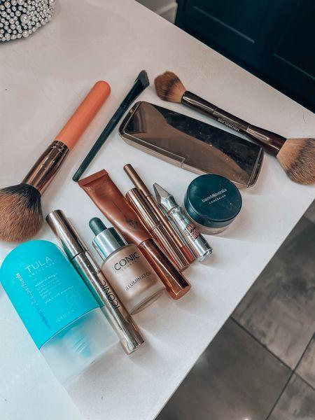 5 minute makeup, Magen Reaves