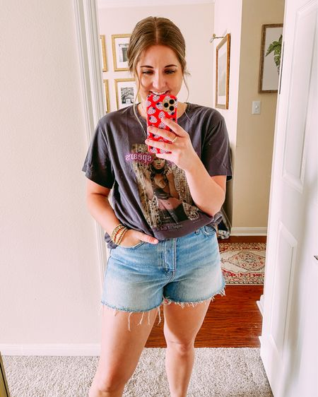 Modest mid rise denim shorts - size up 1! Wearing a 29 normally a 28!