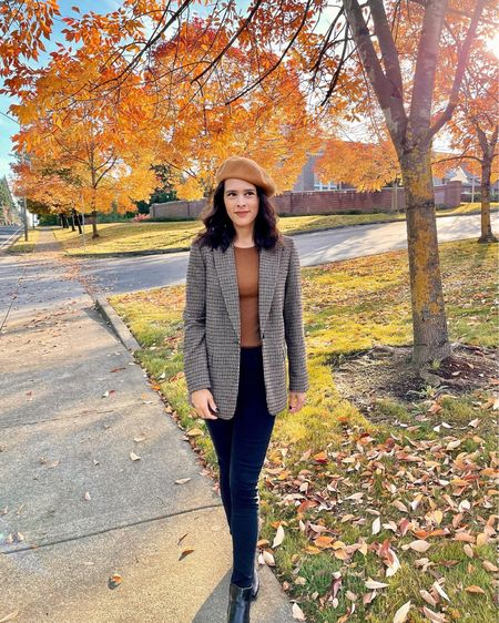 I love mixing textures during fall, and I styled my cozy wool beret 👩🏻🎨 with a classic plaid blazer. 🤎 Such a timeless chic look! (Fall fashion, fall outfit, fall style, workwear)  #LTKSeasonal #LTKstyletip #LTKworkwear