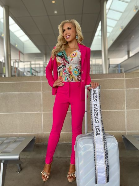 I'm on my way to meet the #MissUSA Class of 2021! Can't wait for fun in the sun with my new sisters at the fabulous Nizuc Resort! ☀️💛  #LTKworkwear #LTKHoliday #LTKtravel