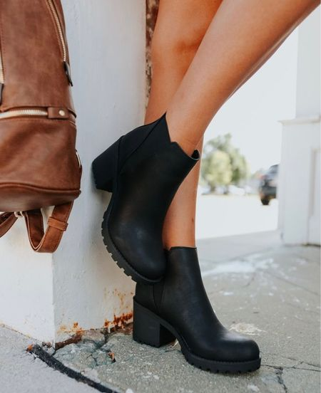 Fall outfits, fall boots, black boots, black booties, fall inspo, outfits for fall, boots for fall,  casual boots, fall fashion, cute boots, #fall  #LTKunder100 #LTKshoecrush #LTKSeasonal