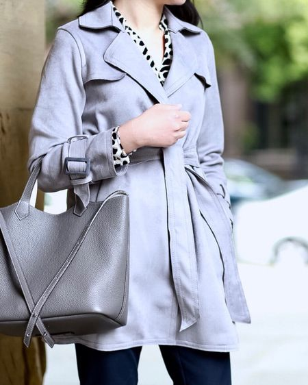 I'm partnering with @anntaylor to share this fall neutral look for work on www.whatjesswore.com. I love this versatile faux suede grey trench! Everything is now 40% off (sale ends 9/18 at 3AM ET). 🛍 Get my outfit details via the Insta Shop link in my profile or the @liketoknow.it app at http://liketk.it/2xkcc . #liketkit #LTKsalealert #LTKitbag #LTKstyletip  #LTKunder100   #LTKunder50
