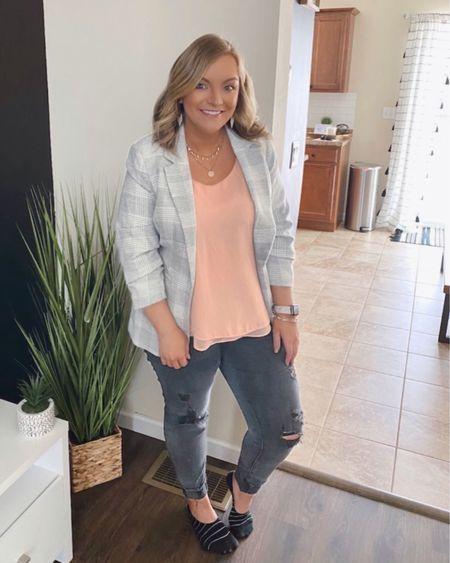 casual work outfit. 🔥sale alert! my jeans are currently on sale at American Eagle.    http://liketk.it/37fHa #liketkit @liketoknow.it #LTKunder100 #LTKworkwear #LTKsalealert