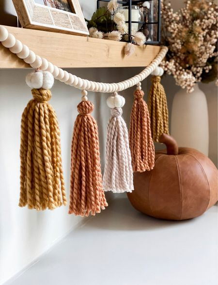 The cutest garland you need this fall 😍🤎🍂    #LTKhome #LTKunder50 #LTKSeasonal