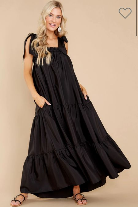Nothing better than a dress with pockets 🖤  #LTKtravel #LTKunder100 #LTKstyletip