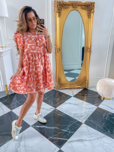 Wearing size small, Red Dress Boutique, Try On Haul, Red Dress Top Picks, Best dresses under $100, Summer Dresses, Casual Summer Outfit Ideas, Summer date night outfits, best dresses to wear in the heat, Emily Ann Gemma, Emily Gemma, Summer Dress Try On Haul, Sunglasses