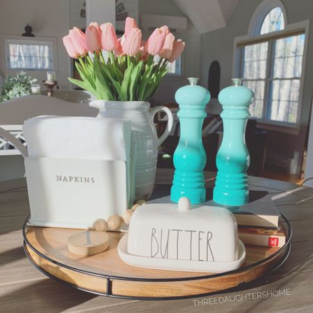 Our kitchen centerpiece is now functional with this amazing lazy susan! Obsessed with the style of it — paired with these amazing faux (but insanely  real looking) tulips! 🌷 **also, my s&p shakers are the color 'cool mint' which apparently is no longer in production, so I've linked their Carribean color.  http://liketk.it/3jTJr #liketkit @liketoknow.it @liketoknow.it.home #LTKhome