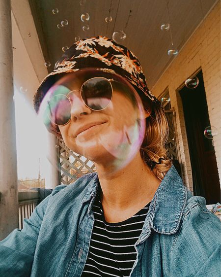 I just tried to capture a selfie with my new bucket and bubble machine (new last name, same silly chick) y'all look at my head in that big bubble  http://liketk.it/2LH89 #liketkit @liketoknow.it