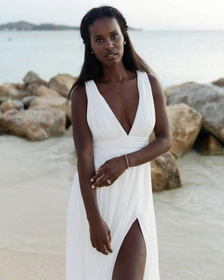 Wearing size s  White maxi dresss, bridal, wedding, summer, deep v , side split , bridesmaids dress   #LTKwedding #LTKSeasonal #LTKunder100