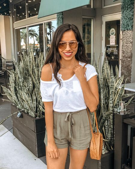 Happy Sunday everybody! ☀️ This has been my go-to summer look. My white tee is a must-have! I just ordered a second one and it comes in other colors for $25 😱 My bralette is the most comfortable thing ever and also comes in black, nude, and a few others. Credits go to Caleb, my little photographer, for taking the perfect shot 📸💕 Shop my look through the @liketoknow.it app or through the link in my bio http://liketk.it/2EpIf  . .  #liketkit #LTKstyletip #LTKunder50 #casuallooks #stylereport  #fashiontips #outfitshare #styleshare #whowhatwearing #affordablestyle #realoutfit #miamiblogger #miamistyle #miamilife #effortlessstyle #miamifashion #everydaystyle #momstyle #modalatina #modafemenina #modamujer #fashionfix #rewardstyle #americanstyle #dressmeforless #ropamujeres #bloggerperuana