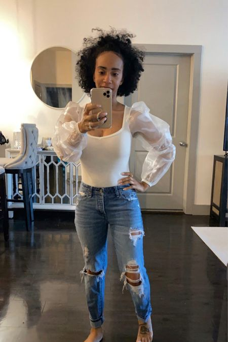 Puffy Sleeves & Mom Jeans for the win! 🤩 BooHoo is quickly becoming my go to for cute tops! @liketoknow.it #liketkit #StayHomeWithLTK #LTKstyletip http://liketk.it/2MBjH