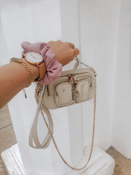 Nunoo handbag. This bag saved my summer holiday! You can storage so many stuff in it! Keys, phone and wallet is not a problem at all🤎 #nunoo #handbag #smallbag #blackbag  #LTKSeasonal #LTKstyletip #LTKeurope
