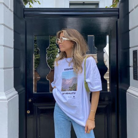 Baggy t shirts are always a good idea! I love this one from ASOS teamed with a pair of weekday Rowe baggy jeans   #LTKeurope #LTKSeasonal