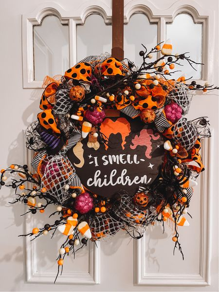 Hocus Pocus DIY Halloween wreath 🎃   #LTKSeasonal #LTKhome #LTKHoliday