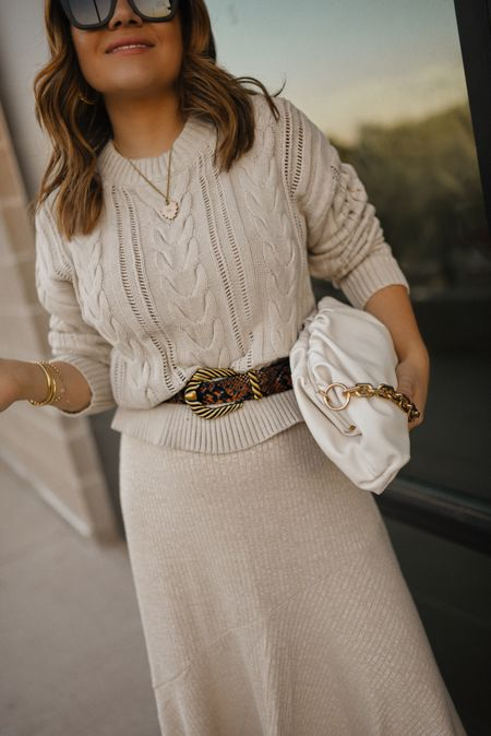 Fall accessories! This pouch bag was such a great Walmart find! It's inly $30 and you can fit so much stuff in it! - walmart fashion, walmart finds, pouch bag, western belt