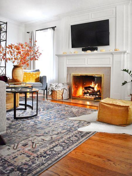 Happy *cozy* Friday, everyone!  . . .  @liketoknow.it @liketoknow.it.home #liketkit #LTKhome http://liketk.it/2XROH