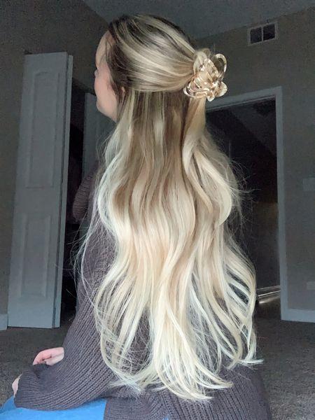|hair claw, hair clips, hair style, anthropology, dry bar, hair care|  #StayHomeWithLTK #LTKNewYear #LTKbeauty