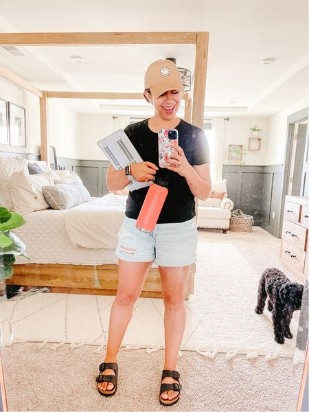 It's an errand filled kinda day! I am still in love with this happy hat from AEO!   There is nothing I love more than an effortless and comfy outfit!!     #LTKhome #LTKcurves #LTKstyletip
