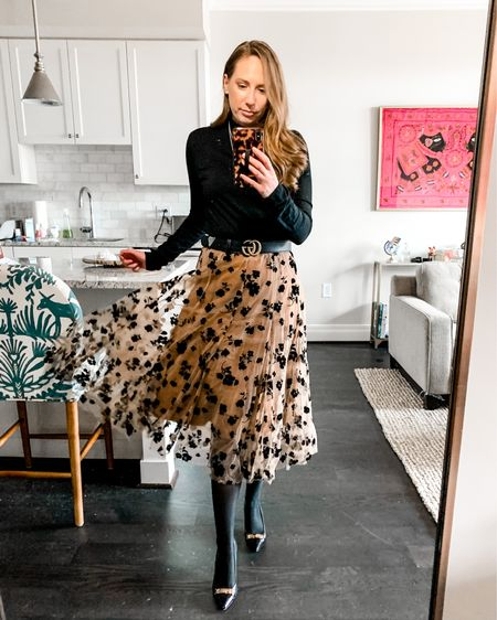 Sharing another mirror selfie because it is way too cold 🥶 to take photos outside these days. I love this midi dress, it's so easy to style and has that effortless elegance! Here I'm wearing a size S-M and it fits great (overall runs a bit small FYI). Screenshot to view all the outfit deets via the @liketoknow.it app! http://liketk.it/38rrL  . . .  #liketkit #LTKSeasonal #StayHomeWithLTK #dcblogger #coldweatherstyle #casualchicstyle #dcfashionblogger #wfhstyle #comfychic #citystyle #winterstyles #springstyle #midiskirt #mockneck #skirtstyle #classicstyles #elegantstyle