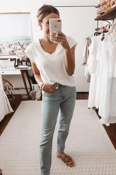 My fav pair of straight leg jeans. @liketoknow.it http://liketk.it/3gdqs #liketkit #LTKunder100 #LTKstyletip
