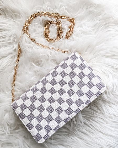 Love this Louis Vuitton dupe for spring - and it's under $30!!!   http://liketk.it/2KrW6 @liketoknow.it #liketkit #LTKsalealert #LTKstyletip #LTKunder100 Screenshot or 'like' this pic to shop the product details from the LIKEtoKNOW.it app, available now from the App Store! Follow FigAndRoses 💋