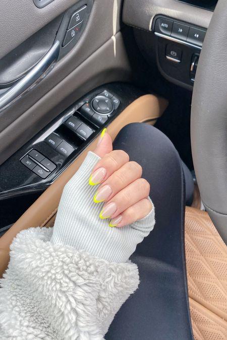 Fun little nail addition : neon ⚡️ Loungewear, Alo, ski, sherpa, jacket, leggings, workout outfit, beauty, nail ideas, neon almond shape nails   #LTKstyletip #LTKfit #LTKbeauty