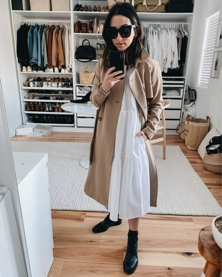 How to style combat boots. Schutz combat boots.   Trench - A&F petite xs Dress - Everlane xxs (sold out) Boots - Schutz 5 Sunglasses - Quay  http://liketk.it/37mRY #liketkit @liketoknow.it