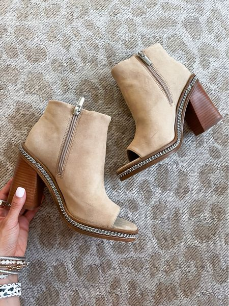 Peep toe booties size 7   #LTKunder100 #LTKshoecrush